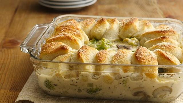 Chicken Alfredo Biscuit Casserole 