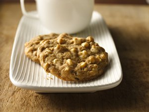 Maple&#32;Walnut&#32;White&#32;Chocolate&#32;Chip&#32;Cookies