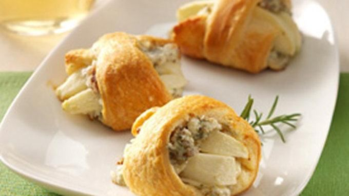 Apple-Rosemary Blue Cheese Bites recipe - from Tablespoon!