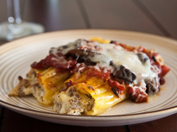 Beef and Mushroom Manicotti