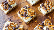 Pretzel S'mores Chocolate Chip Cookie Bars Recipe