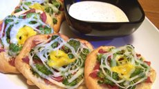 Bacon Broccoli &amp;Cheese Tiny Pizzas Recipe