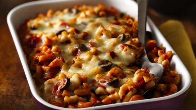 Pepperoni Pizza Pasta Bake