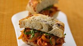 Chicken Cacciatore-Cheese Bread Sandwiches Recipe