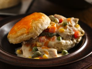 Creamy Garlic Chicken and Cheddar Biscuits