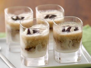 Stout Beer-Ice Cream Mini Floats