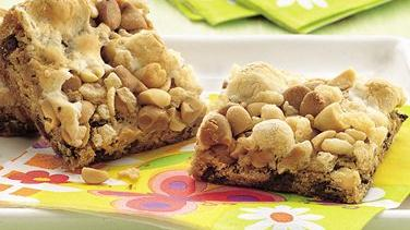 Peanut-Marshmallow-Chocolate Chip Bars
