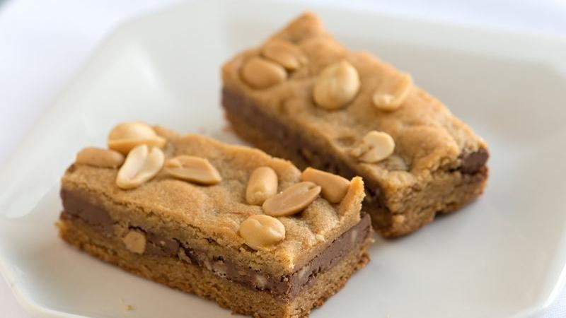 Peanut Butter Cookie and Chocolate Sandwich Bars