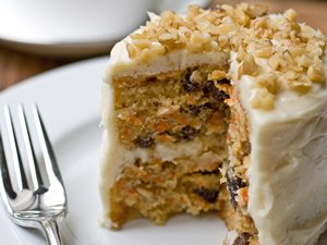Mini&#32;Carrot&#32;Cake&#32;with&#32;Maple-Cream&#32;Cheese&#32;Frosting