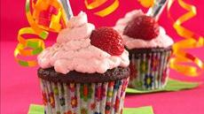 Truth-or-Dare Chocolate-Strawberry Cupcakes Recipe