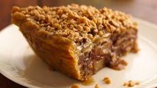 Apple-Pear Praline Pie Recipe