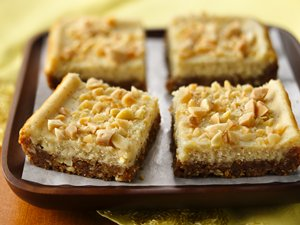 Eggnog&#32;Cheesecake&#32;Bars