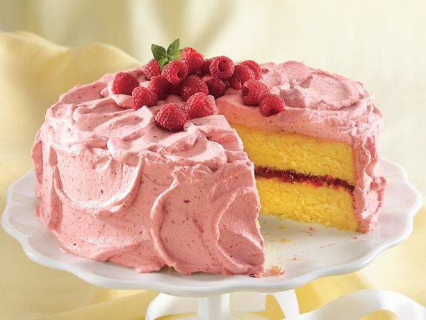 lemon cake with raspberry in the middle