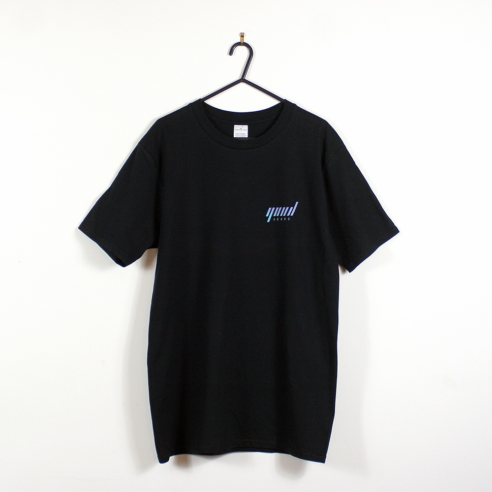 Black Tshirt Shop 01