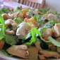 Light salad of pineapple and chicken