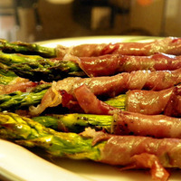 Prosciutto Wrapped Grilled Marinated Asparagus