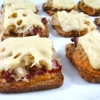 Low Calorie and Delectable, Skinny Mini Reuben Appetizers