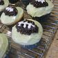Football Cupcakes (without any gunk)