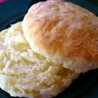 Easy Sour Cream Biscuits