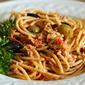 Mediterranean tuna pasta: a recipe