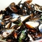 MUSSELS WITH ROASTED RED PEPPERS