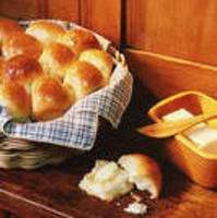 Easy Dinner Rolls for a Large Group