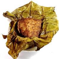 Slow-cooked pork in banana leaves Recipe