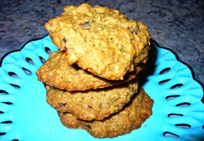 Zucchini Oatmeal Cookies Recipe by Lynne - CookEatShare