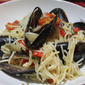 Spaghetti with Mussels, Chilli and White Wine Sauce