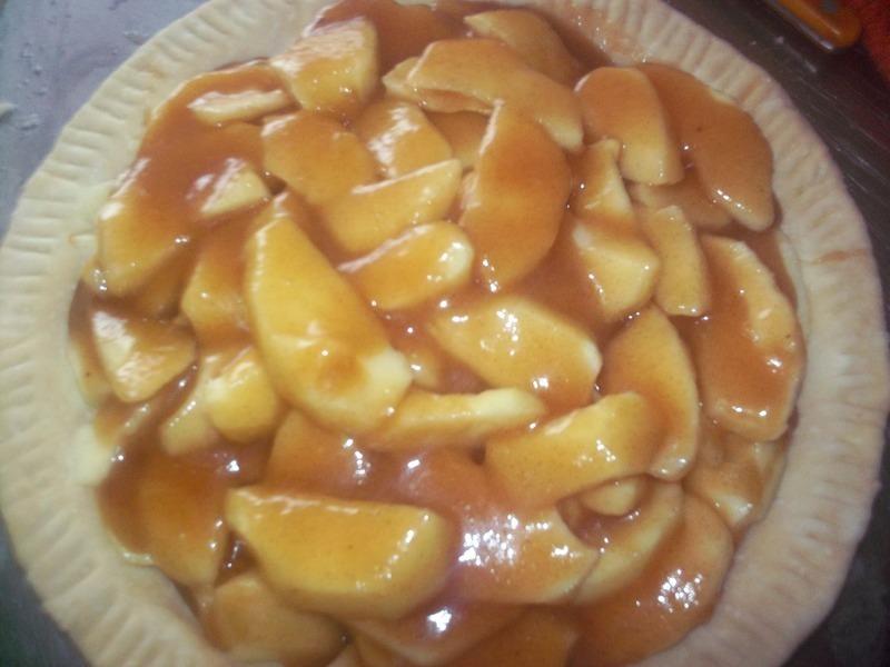 Dutch Apple Pie with Oatmeal Streusel Recipe by myra - CookEatShare