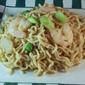 "Cheap Food I'd Eat, Even if I Wasn't Broke. (Ramen Fried ""Rice"")"
