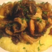 Image of Sauteed Shrimp With Chorizo, Mushrooms, Green Onions & Smoked Apple Wood Bacon On A Bed Of Cheddar Grits Recipe, Cook Eat Share