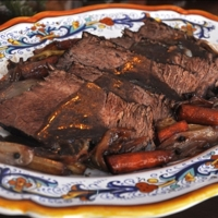 Brasato al vino rosso (Beef Braised in Red Wine)