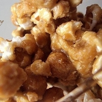 Image of Amish Caramel Corn Recipe, Cook Eat Share
