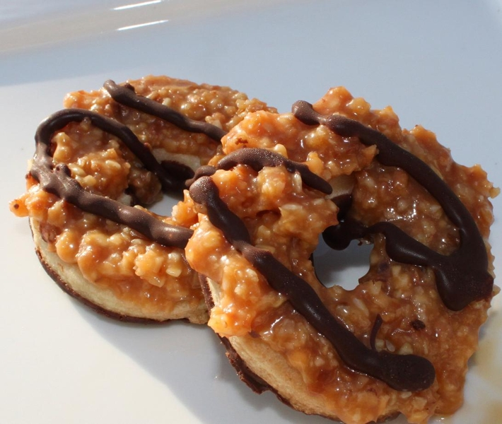 Caramel Delites Samoas (A Famous Knockoff) Cookies Recipe by Claudia ...