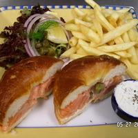 Smoked salmon ,horseradish dill cream