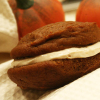 Pumpkin Whoopie Pies with Maple Cinnamon Frosting