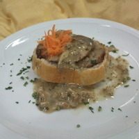 Image of Arrotolato Di Maialino In Crosta Su Un Letto Di Funghi Porcini Del Pollino Recipe, Cook Eat Share