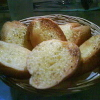 Image of Ashley's Favorite Garlic Bread Recipe, Cook Eat Share