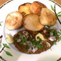 Pav Bhaji (Buttered Buns with Mash Vegetables)