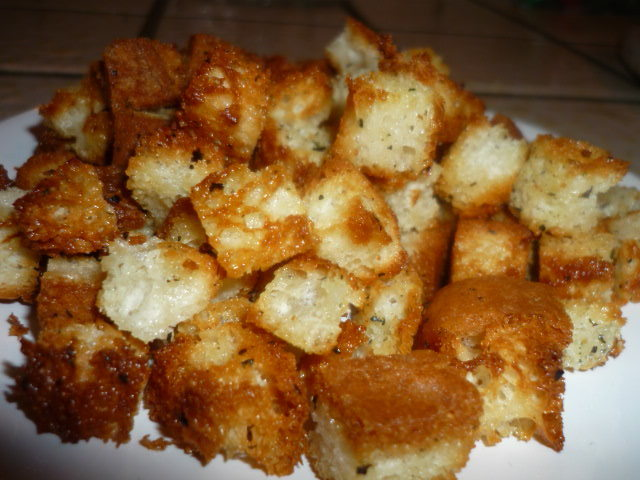 GLUTEN FREE CROUTONS Recipe by Pam - CookEatShare