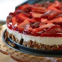 Strawberry Jello Pretzel Dessert