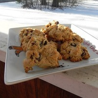 Whiskey Raisin White Chocolate Chip Cookies
