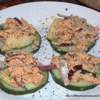 Spicy Salmon and Cucumber Appetizer