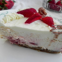 Eggless Sugarless Grain less Strawberry Cheese Cake