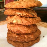 Cheesy Pineapple Raisin Oatmeal Cookie