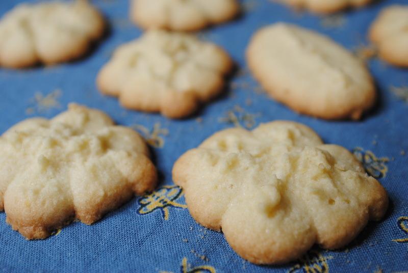 Gluten-Free Pressed Lemon Butter Cookies Recipe by Jacqueline ...