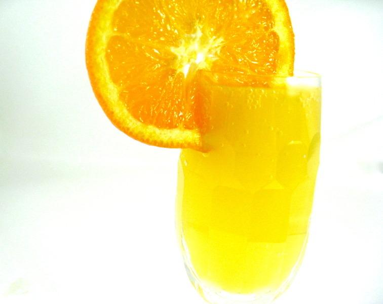 Sunrise Pineapple-Orange Mimosa Recipe by Nancy - CookEatShare
