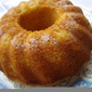 Bundt cake with cardamom and pears
