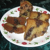 Cinnamon Chocolate Chip Coffee Cake (adapted from All Recipes)